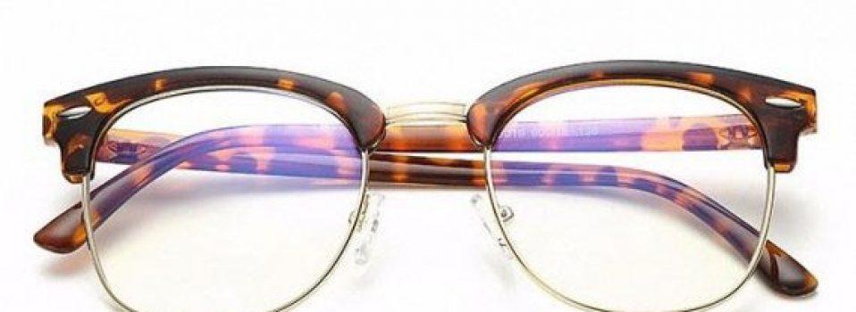 quelles sont les meilleures lunettes anti lumi re bleue. Black Bedroom Furniture Sets. Home Design Ideas